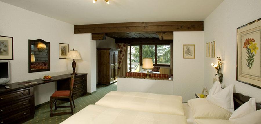 Hotel Haldenhof, Lech, Austria - Twin bedroom interior.jpg